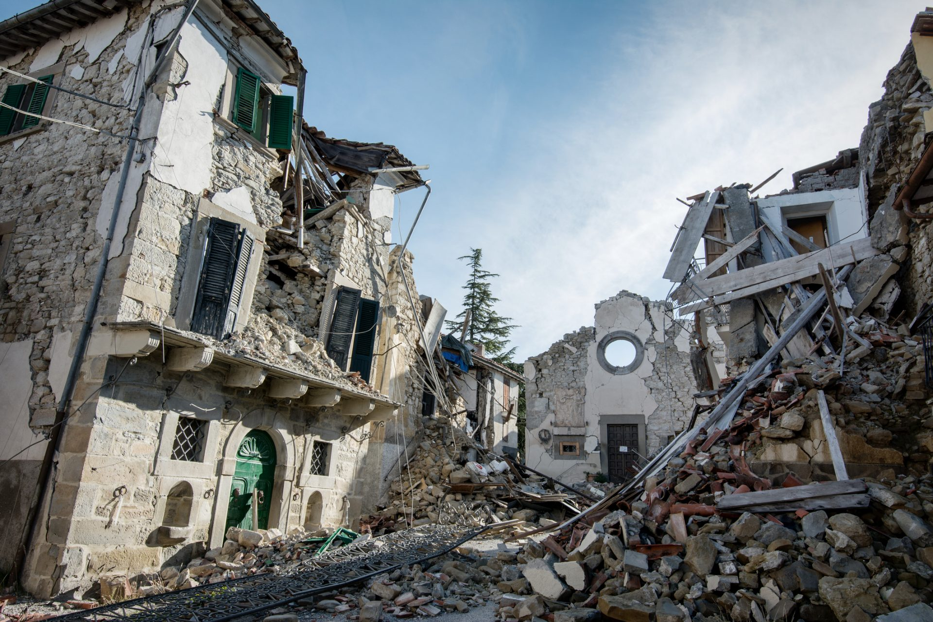 By ødelagt etter jordskjelv