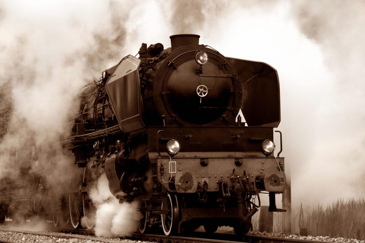 Et gammel damplokomotiv
