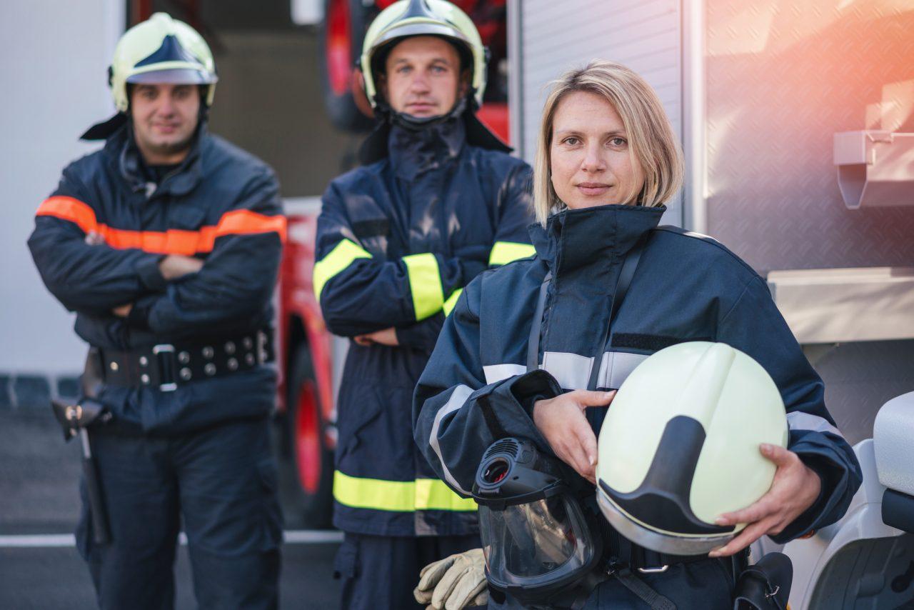 Brannmenn på jobb