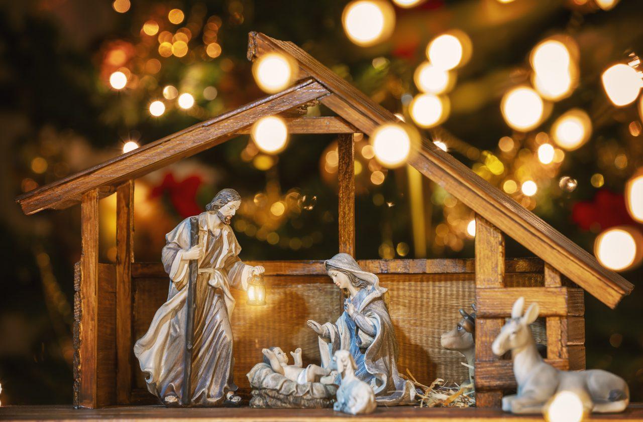 Bilde av figurer som skal forestille Julekrybben