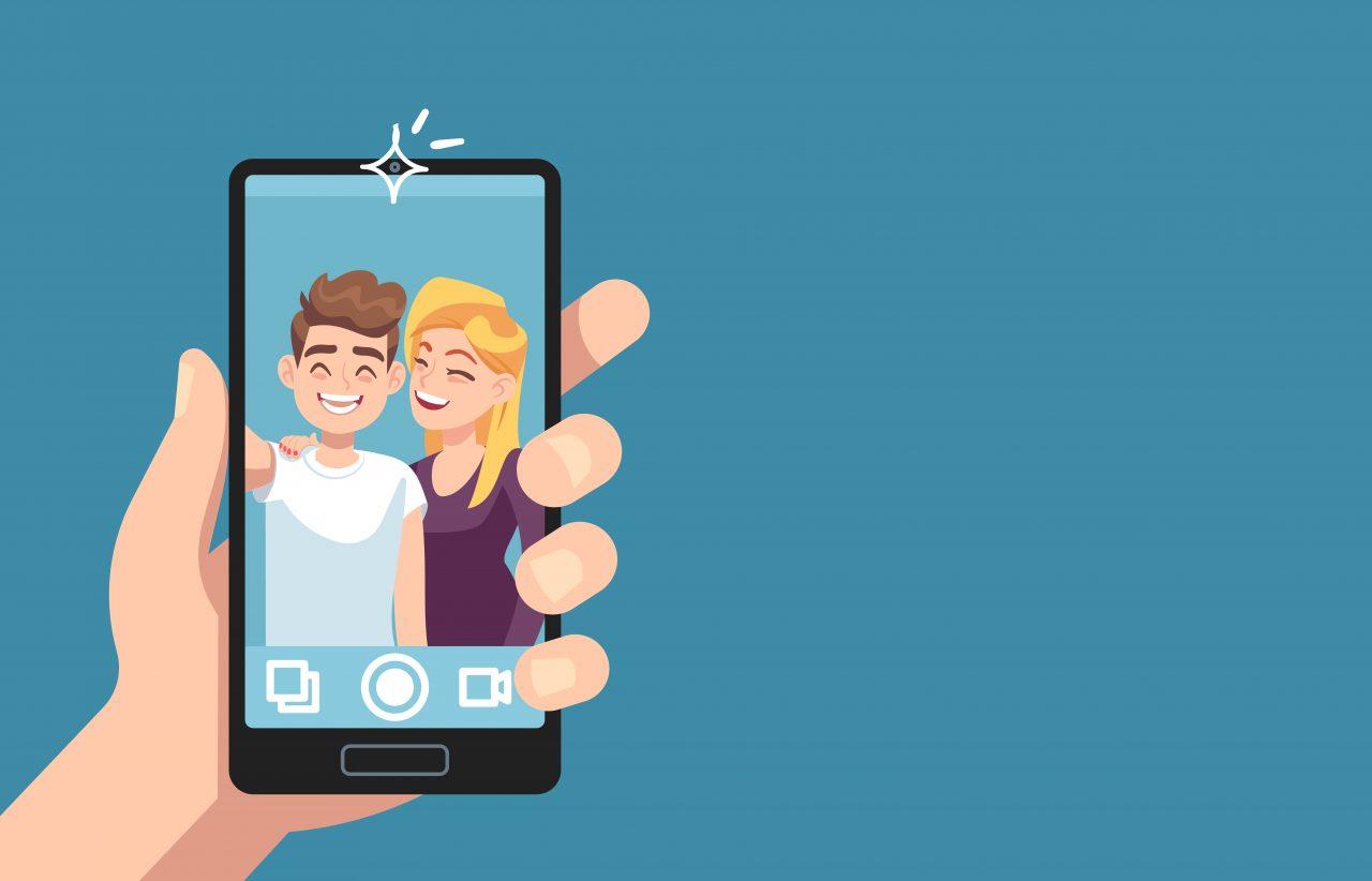 Par som tar selfie