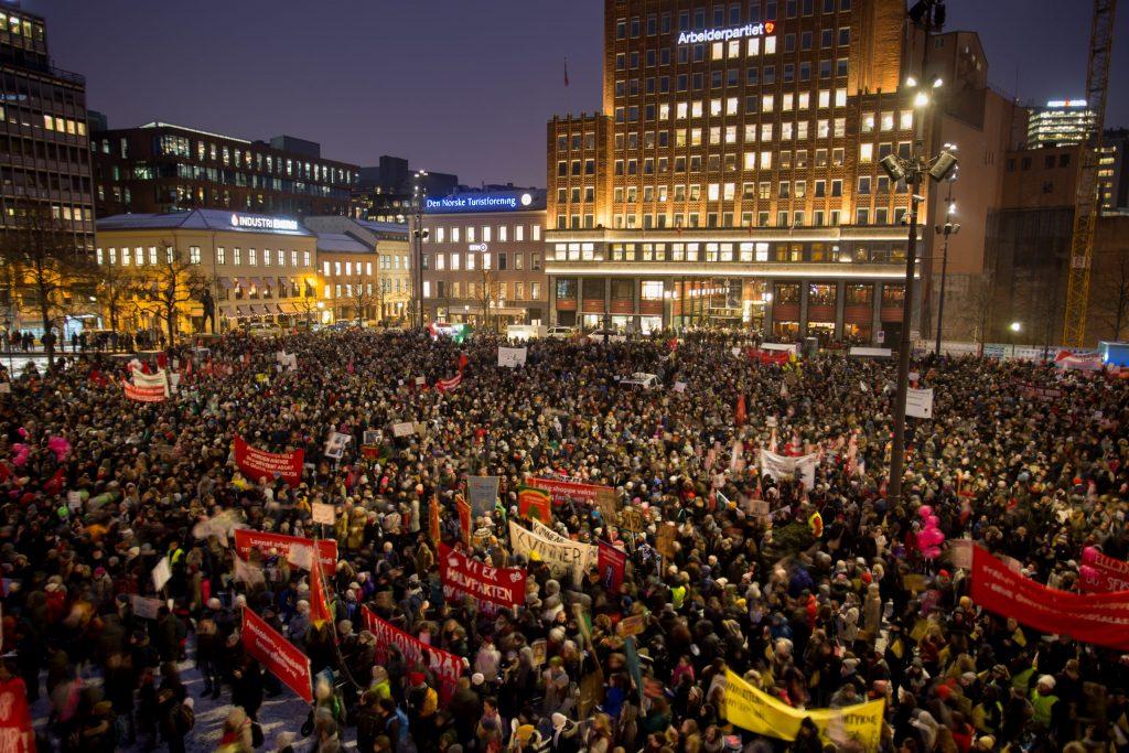 Kvinnedag tog for markering av 8. mars i Oslo 2018