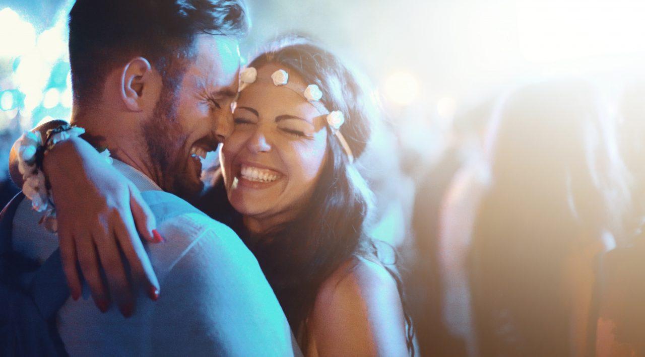 Kjærlighet mellom mann og kvinne